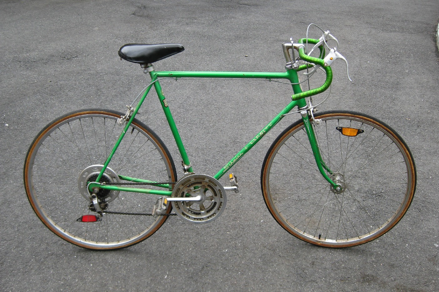 Bike 10 Speed Schwinn Varsity Image